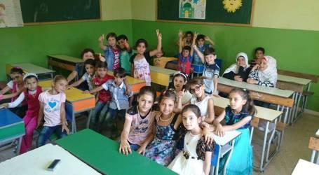 مروة خوري … تعليم الاطفال اللاجئين هدفي الاول