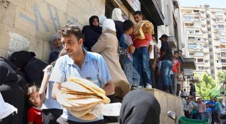 """""""رغيف الخبز"""" حلم كثير من العائلات في ضواحي دمشق"""