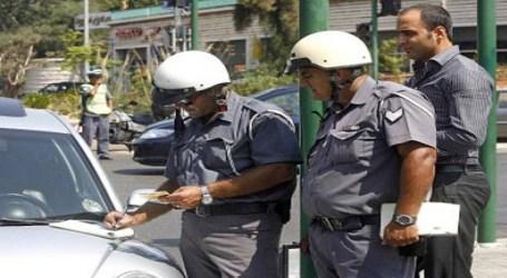 «العنصرية» اللبنانية تحارب السائقين السوريين برخصة دولية