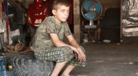 عبد الحميد … من تصليح الدراجات إلى التعليم مجدداً … حملة لازم نتعلم