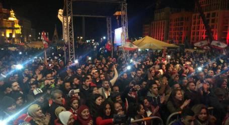 الثورة اللبنانية :  كلن يعني كلن … شعار يتابع قوته في 2020 وسط ساحة الشهداء بيروت