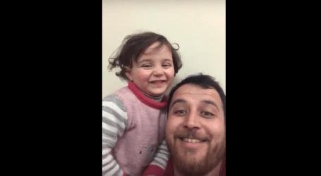 الضحك مقابل البكاء..لعبة ابتكرها أب سوري لتتغلب ابنته خوفها من صوت القصف