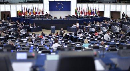 الاتحاد الأوروبي يجدد العقوبات على شخصيات وكيانات سورية