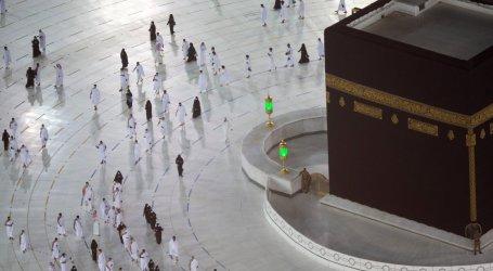 السعودية تعلن استئناف العمرة بعد توقف لأشهر بسبب كورونا