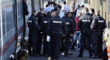 سوريون يتظاهرون في الدنمارك احتجاجا على سحب الإقامات