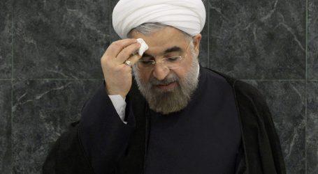 مسؤول إيراني يطالب بإعدام حسن روحاني 1000 مرة