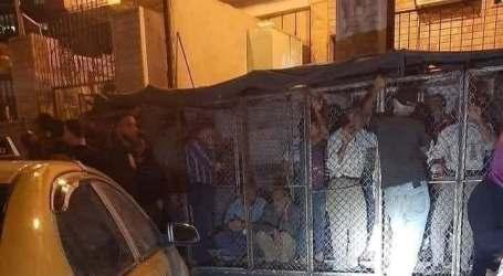 سجن السوريين ضمن أقفاص حديدية لتنظيم دور الخبز