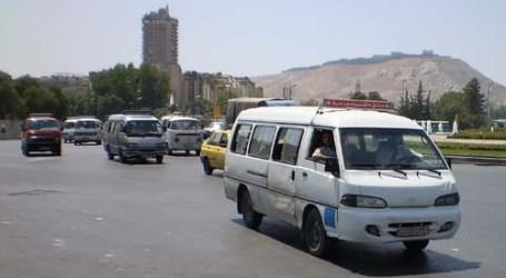 سائقو سرافيس في ريف دمشق يضربون عن العمل بسبب أزمة المازوت