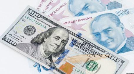 الليرة التركية تتحسن بعد استقالة البيرق وزير المالية