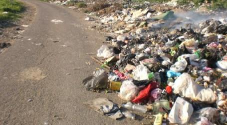 النفايات تنتشر في ريف حمص الشمالي والأهالي يحرقونها على نفقتهم الخاصة