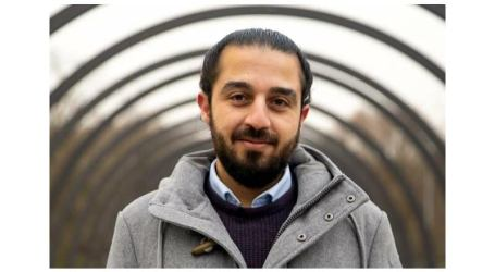 طارق العوس ابن السويداء.. أول لاجئ سوري يترشح لانتخابات البرلمان الألماني
