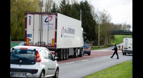 بينهم سوريون… النمسا توقف شاحنة تهريب بداخلها 40 لاجئا