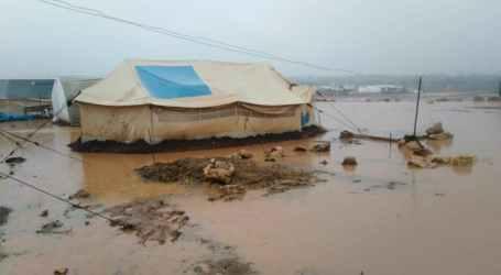 ليست الأولى.. انتحار شاب في مخيمات إدلب بسبب الفقر