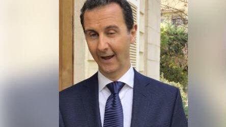 شبيح حاول الدفاع عن بشار الأسد ففضحه (فيديو)