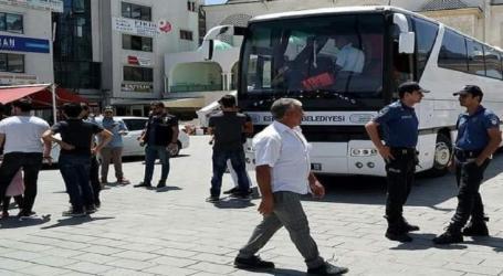 السلطات التركية تعتقل ناشطا سوريا وتقرر ترحيله