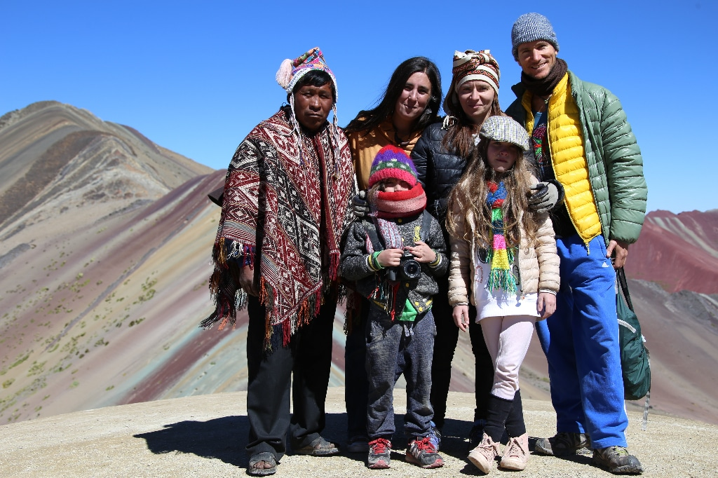 group picture on the rainbow mountain
