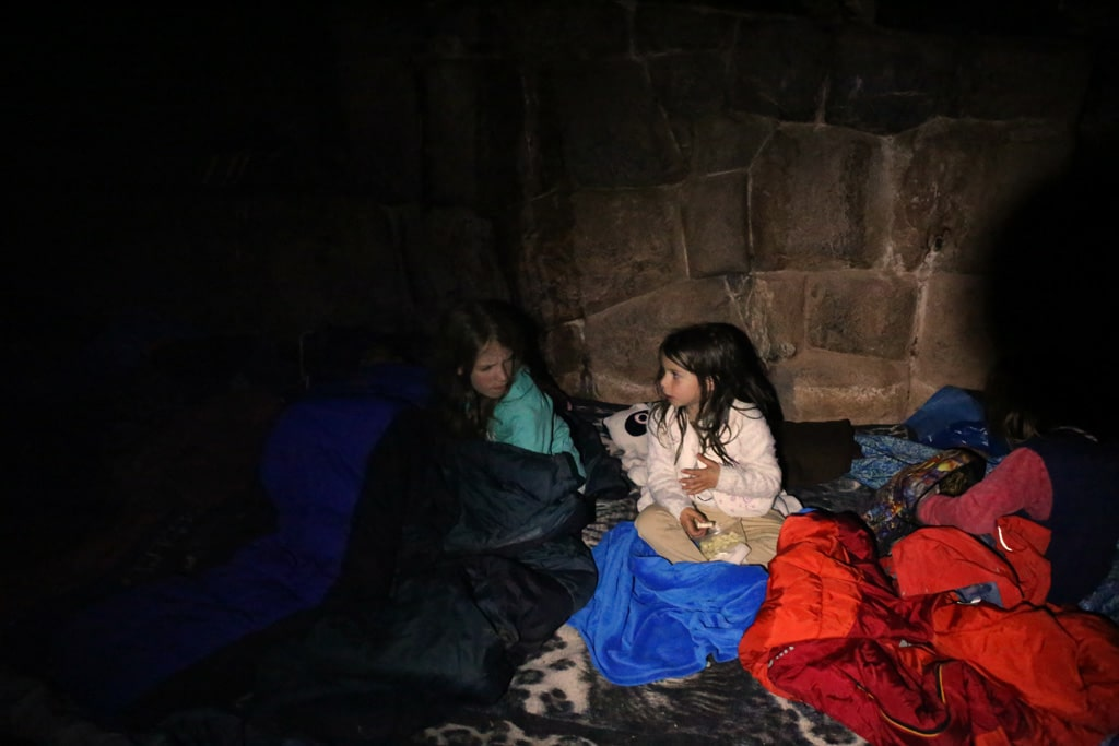 kids-in-the-inca-cave
