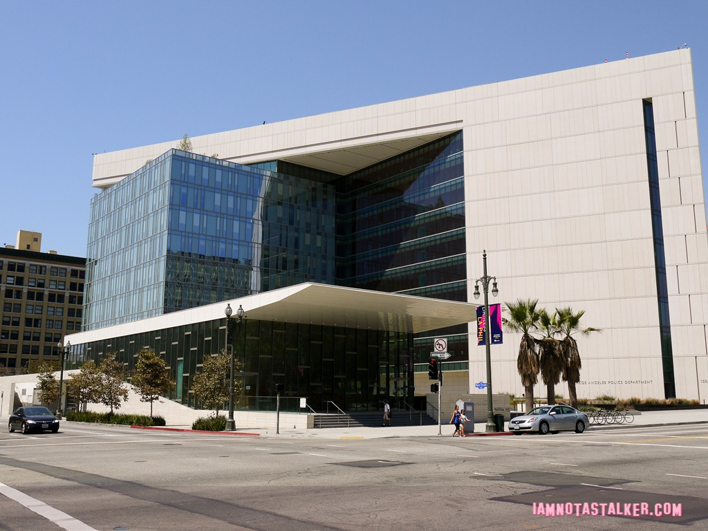 the los angeles police administration building from  u0026quot the