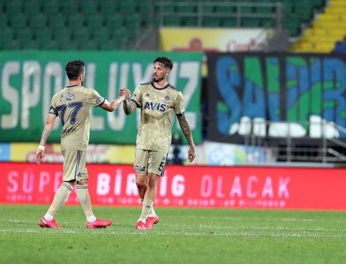 Gol de José Sosa