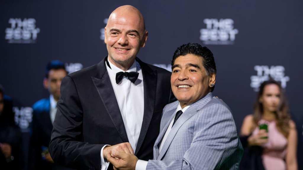Maradona con Infantino