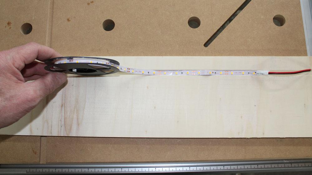 Nuten für LED-Stripes