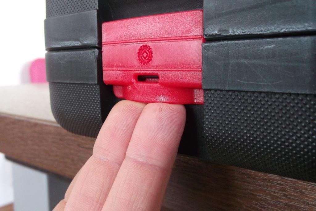 Peddinghaus Koffer öffnen