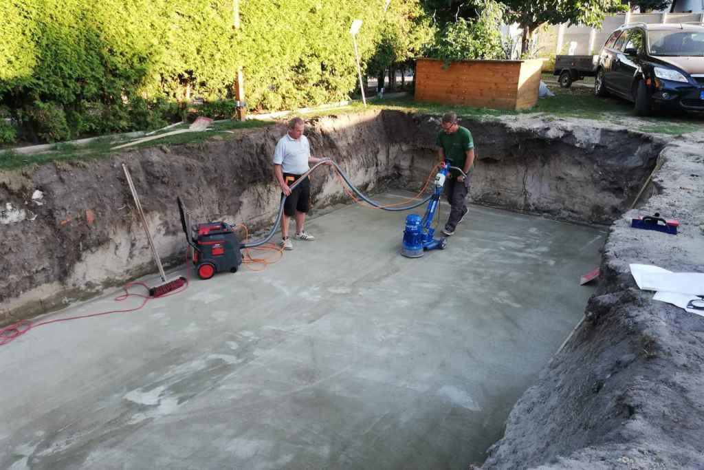 Pool Bodenplatte fräsen