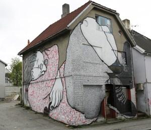 Streetart-Stavanger-May16-Ella-and-Pitr-2