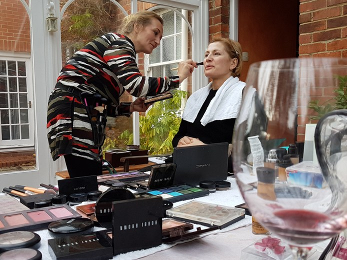 MUA, Aga getting Lacry ready for her shoot