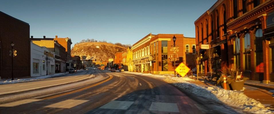 Redwing, small town USA