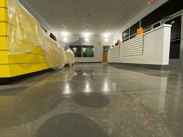 Concrete polishing, polish concrete, commercial concrete polishing, TeamIA, Industrial Applications Inc, Pet Facilities