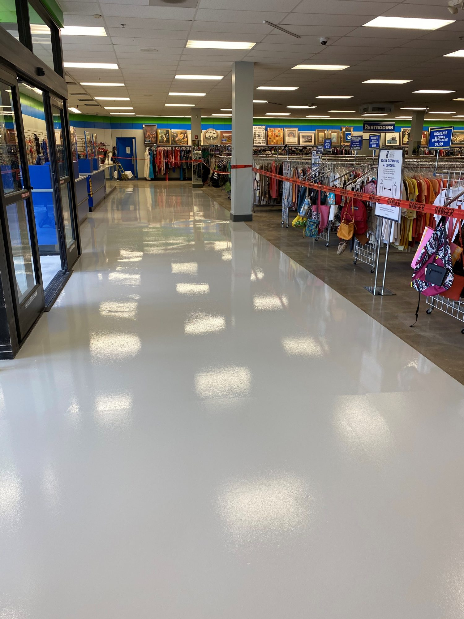 TeamIA, Industrial Applications Inc., IA30yrs,  polished concrete, concrete surface prep, floor covering demo, polish concrete, retail floors, commercial concrete