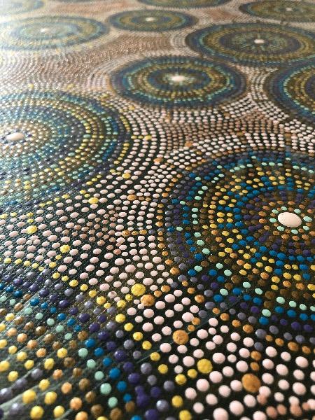 detail samen alleen cirkels dot painting by ibbeldibbel