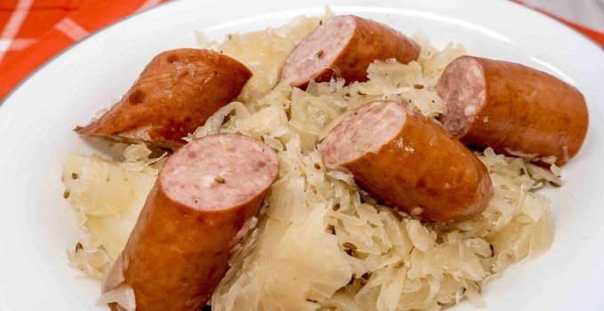 Kielbasa and sauerkraut with potatoes is an easy,filling dinner for people who love slow cookers