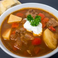 Slow-Cooker German Goulash Soup (Gulaschsuppe)