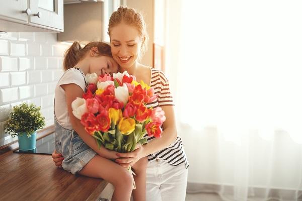 Mais notebook, menos geladeira: o que mudou na intenção de presente de Dia das Mães