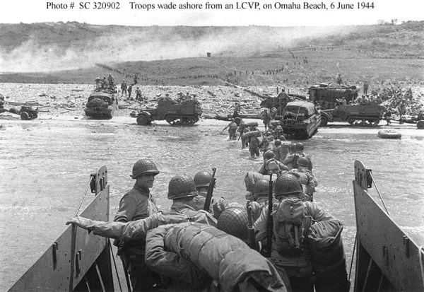 Normandy Invasion -- D-Day Landings on Omaha Beach, 6 June ...