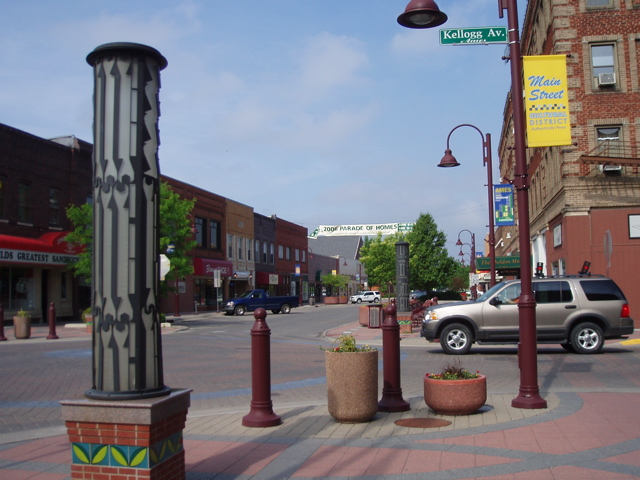 Ames - No ghost (down)town for business
