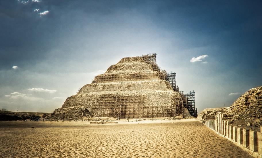 Saqqara pyramid