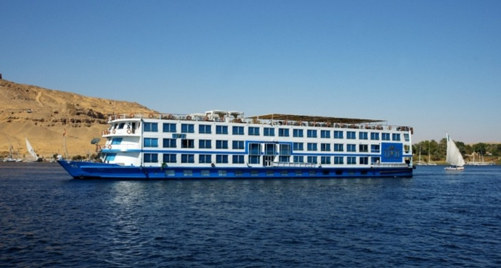 luxor and aswan nile cruise4