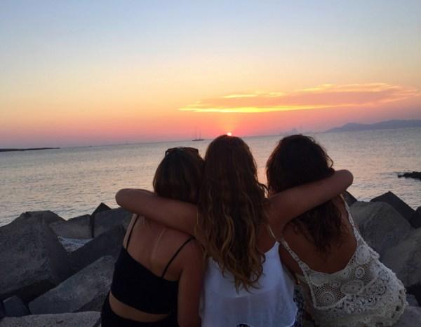 Atardecer amigas Formentera