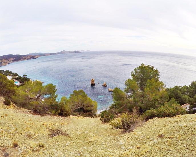 Acantilado Es Cubells Ibiza by Ibizaplus