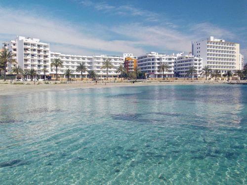 In mei naar Ibiza