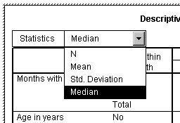 يُظهر الجدول المحوري المنشط الوسيط المحدد من القائمة المنسدلة للإحصائيات في بُعد الطبقة