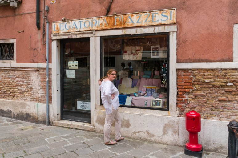 2016.08.04 - 01 - Legatoria Piazzesi - The Oldest Paper Shop in Europe