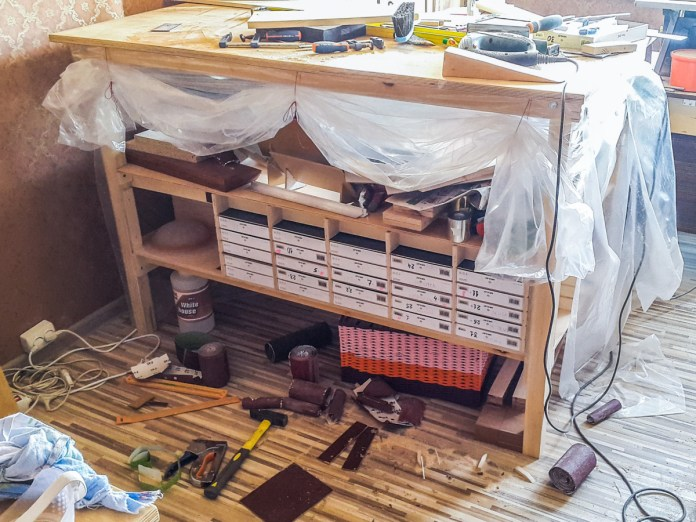 2017.01.27 - Building Small Compartments into a Workbench 01