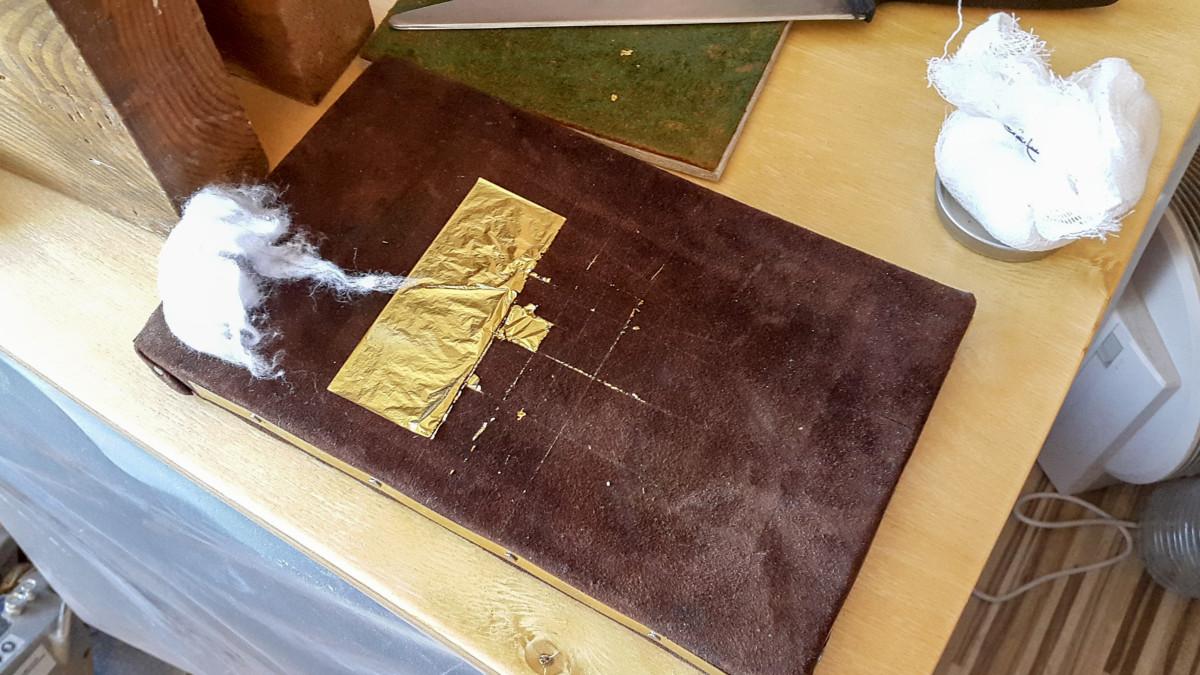 2017.03.28 - Gold Tooling Workshop - Bookbinding 06