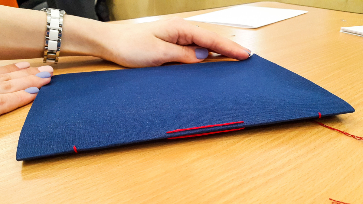 2017.04.09 - Long Stitch Binding Workshop at Shalom Moscow 09