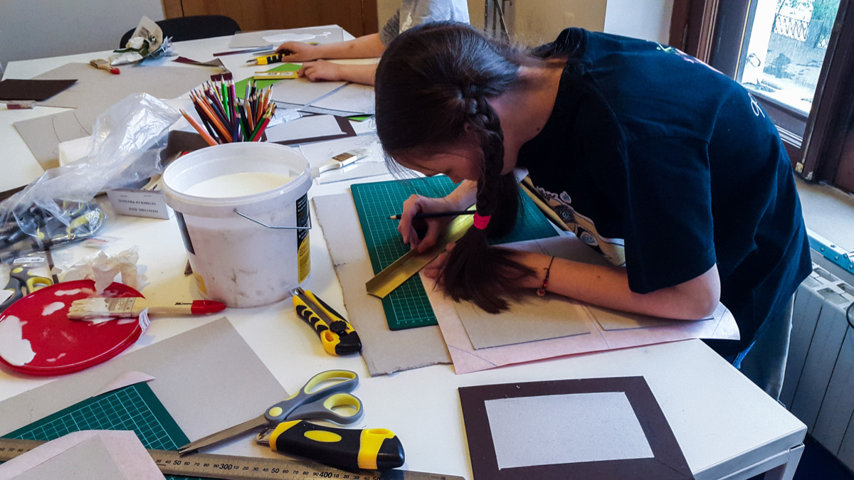 Making Case Binding Covers with Kids 01