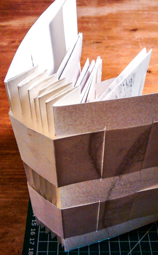 2010.02.11 - The Lost Art of Letterlocking - Concertina 4